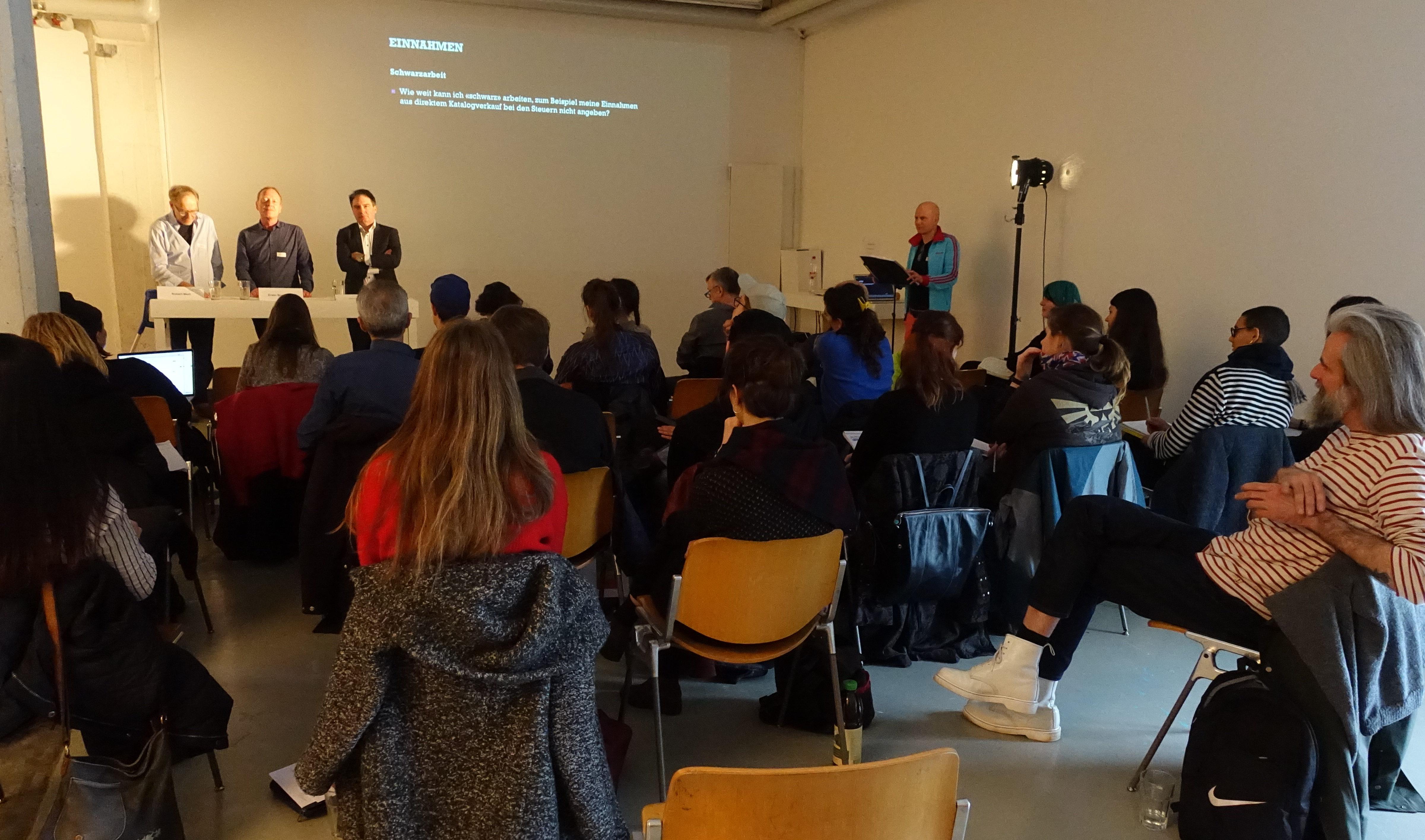 Die Kunst der Steuererklärung: Infotag mit Workshop für Kunst- und Kulturschaffende